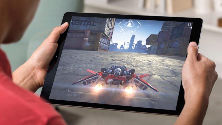 iPad Pro serisi 10.5 inç modelle birlikte büyüyor