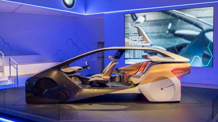 CES: BMW'nin Holoactive Touch kabin konsepti tanıtıldı