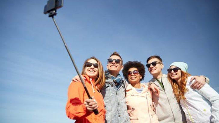 Artık profesyonel selfie arkadaşı kiralamak mümkün