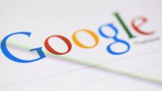 Facebook, Google ve Twitter ırkçı söylemleri silecek