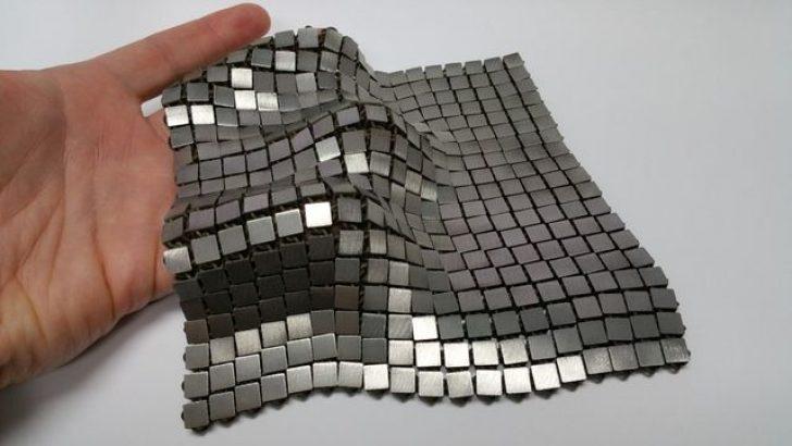 NASA uzay görevleri için metalik uzay kumaşı üretti