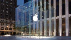 Apple'ın Manhattan'daki tarihi cam küpü kalkıyor