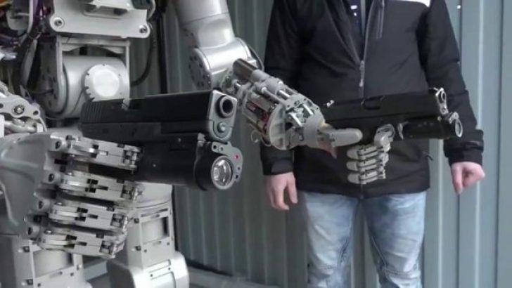 Rusya'nın robot askeri hedefini 12'den vuruyor
