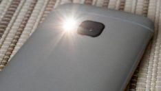 Telefonunuzu el fenerine dönüştüren Android uygulaması Torchie