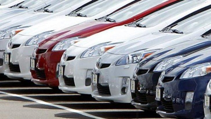 Otomobil satışları Ekim'de arttı ama geçen yıla göre geriledi!