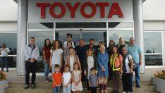 Toyota çalışanlarının ailelerinden fabrika ziyareti