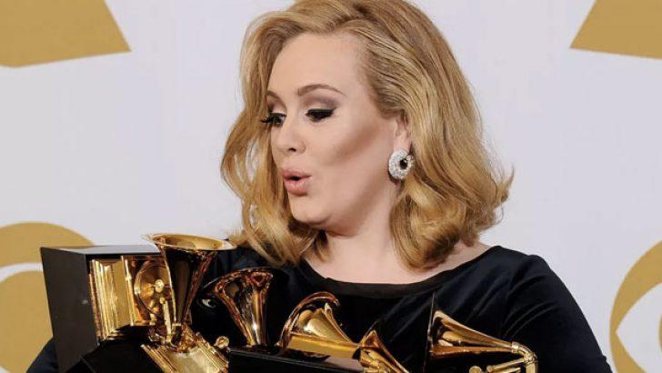 Adele rekordan rekora koşuyor