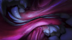 Björk'ün ilginç 'Mouth Mantra' videosu çıktı