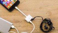 iPhone için şarj ve kulaklık girişi bulunan dongle satışa çıktı