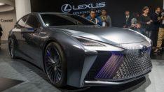 Lexus LS+ Concept görenleri büyüledi