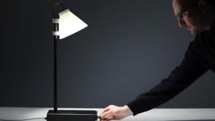 Akıllı telefon bağımlıları için ilginç lamba: Offline lamp