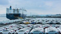 Otomotiv üssünden 1 günde 560 araba ihraç edildi