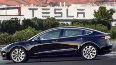 Tesla'dan tarihinin en büyük zararı!