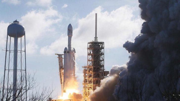 Falcon Heavy fırlatıldı
