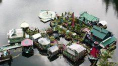 İşte 20 yılda inşa edilen yüzen ev!