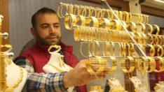 Altının kilogramı 164 bin 250 liraya yükseldi