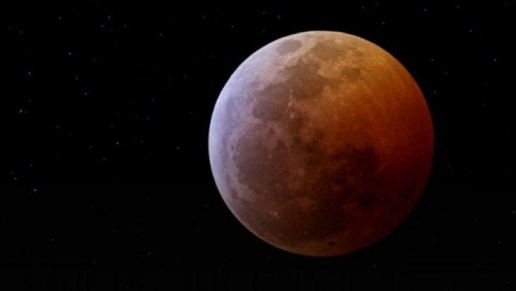 Putin: Mars'a yönelik uzay görevlerine 2019'da başlayacağız