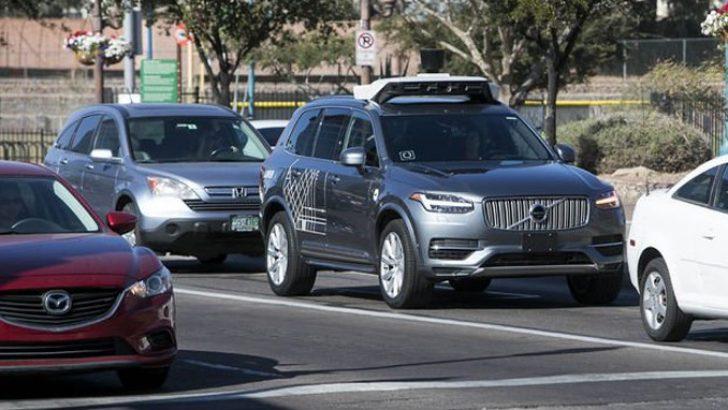 Uber'in sürücüsüz araç testleri yasaklandı