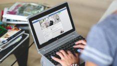Facebook 200 Rus hesabını sildi