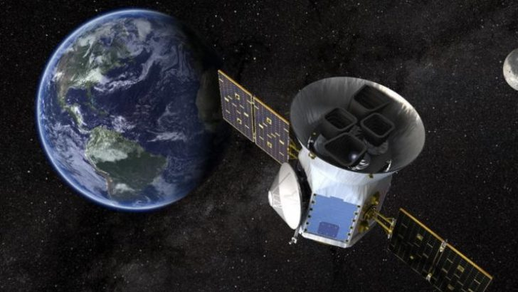 NASA'nın yeni gezegen avcısı TESS yola çıkıyor