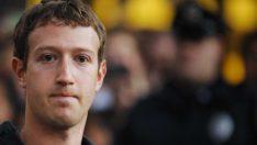 """Facebook'un kurucusu Mark Zuckerberg: """"Verilerinizi koruyamazsak size hizmet etmeyi hak etmiyoruz"""""""