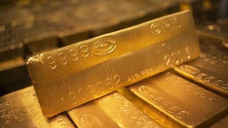 Altın, haftalık kazancını korudu