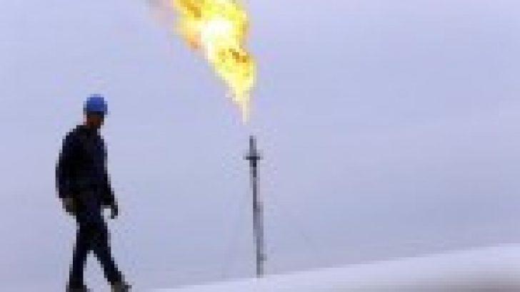 Petrol fiyatları ABD stok raporu öncesi geriledi