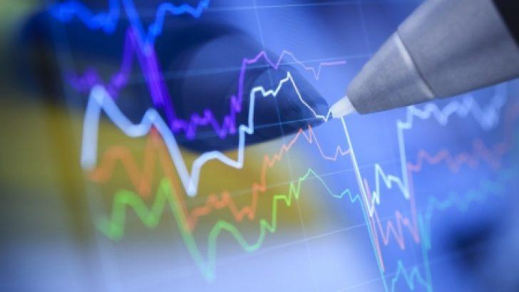 YENİLEME 1-BORSA-TL'de devam eden değer kaybı ve banka hisselerine gelen satışlarla endekste %2.16 düştü