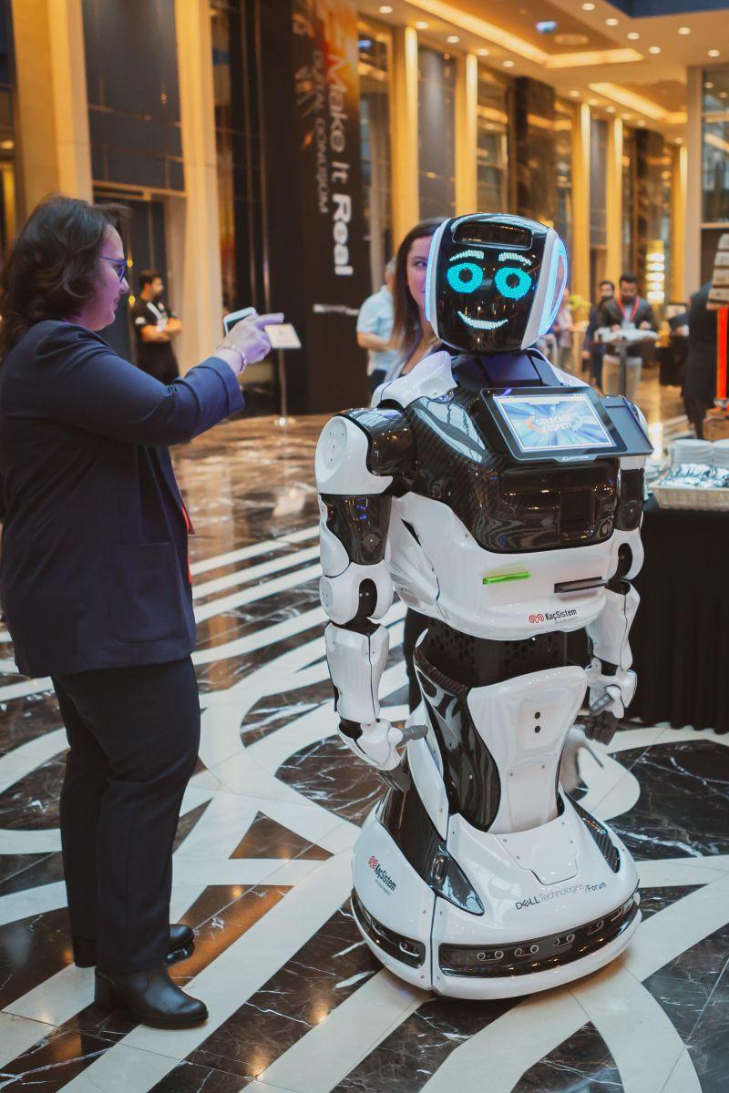 Yapay zekâ, makine öğrenimi, bulut bilişim, nesnelerin interneti...