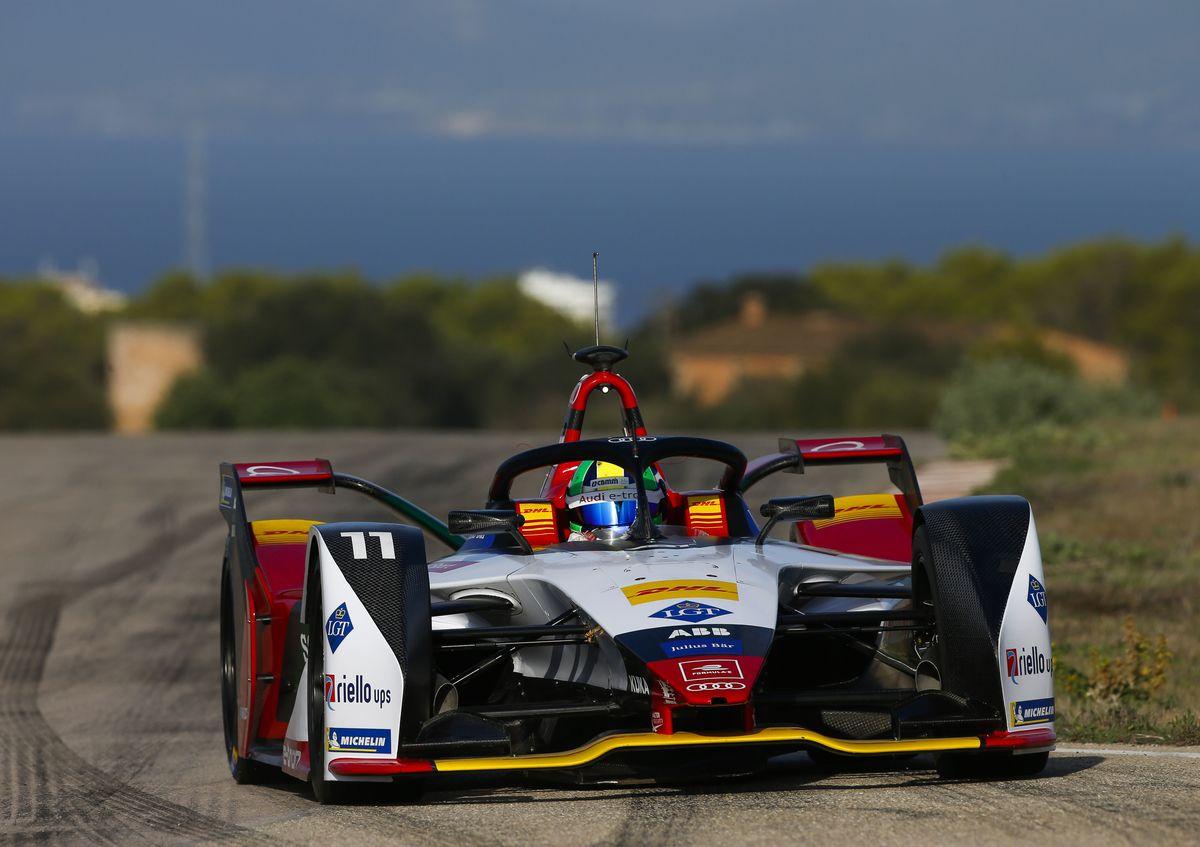 Audi yeni Formula E aracını tanıttı
