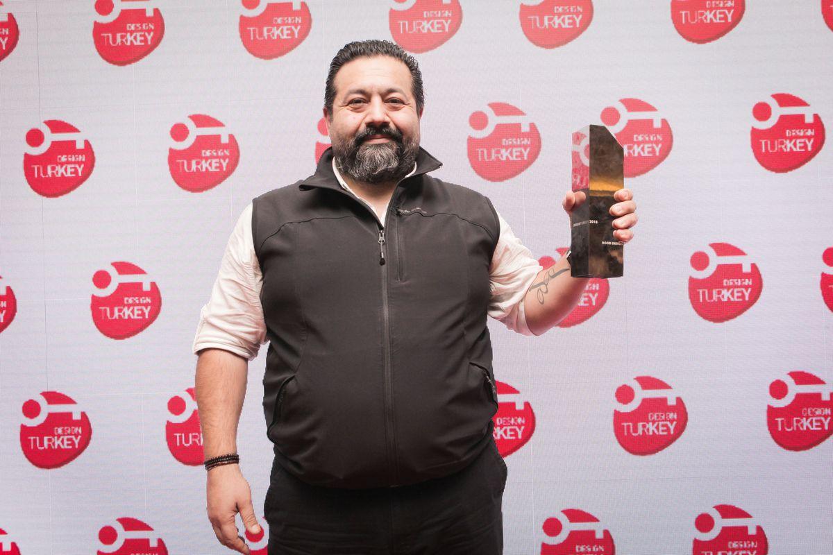 Milli ve yerli yüzde 100 elektrikli TRAGGER'a Design Turkey'de İyi Tasarım Ödülü