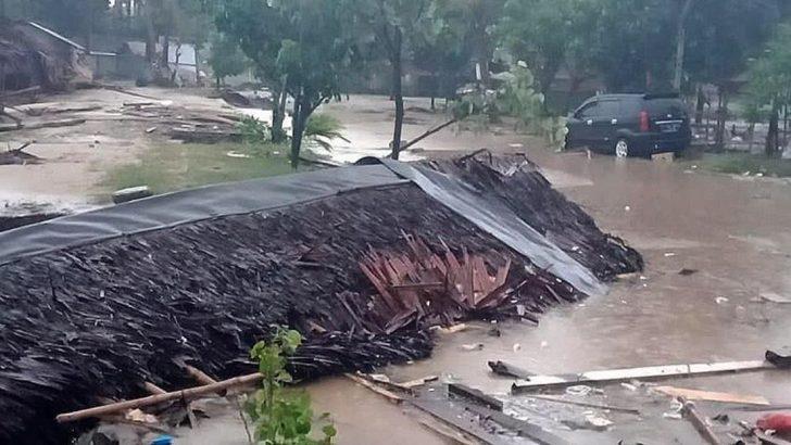 Endonezya'da Tsunami
