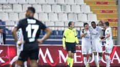 Beşiktaş'ın 4-1 yanı karanlık