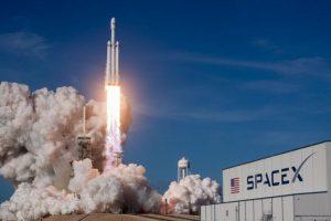 SpaceX: Crew Dragon Kapsülünü Uzay Yolunda