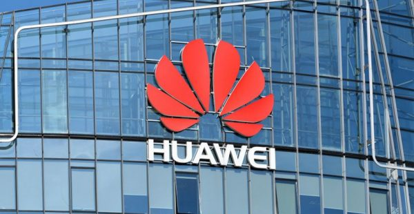 Huawei'den ABD'ye dava