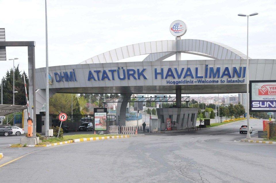 Atatürk Hava Limanında Unutulan Otomobiller