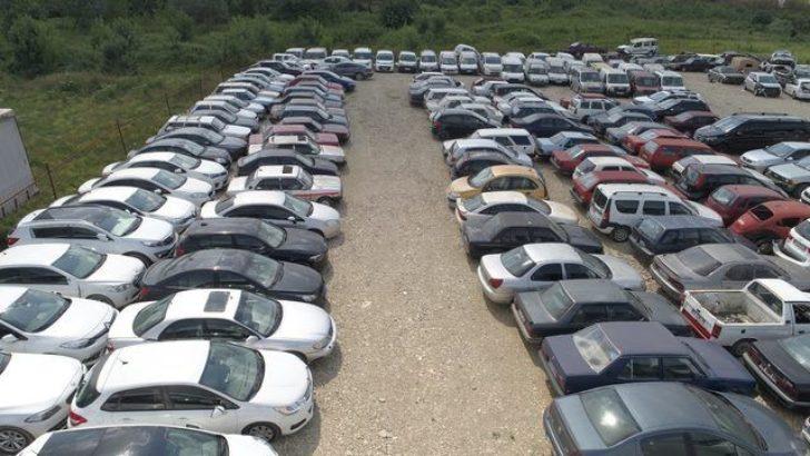 Trafikten men edilen  25 bin araç çürümeye terk edildi