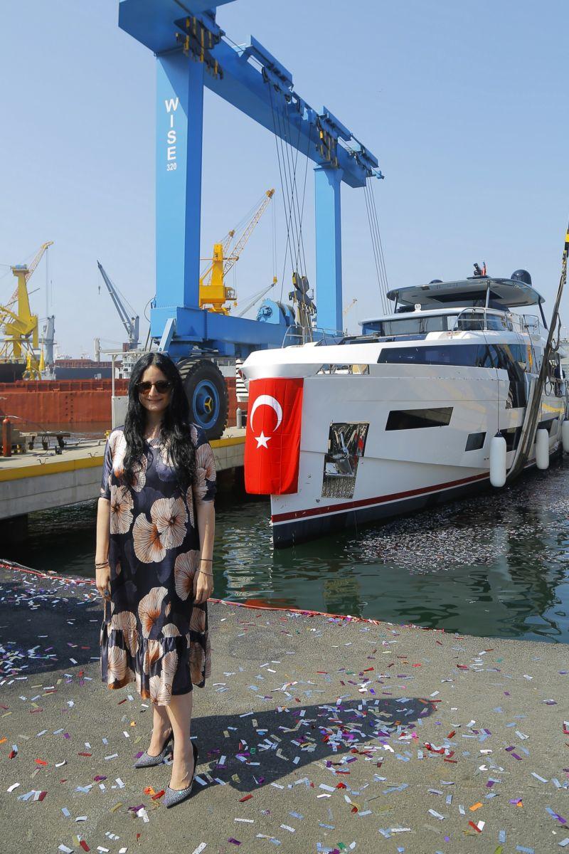 Sirena 88 Marine'in Yeni Amiral Gemisi Suya İndirildi