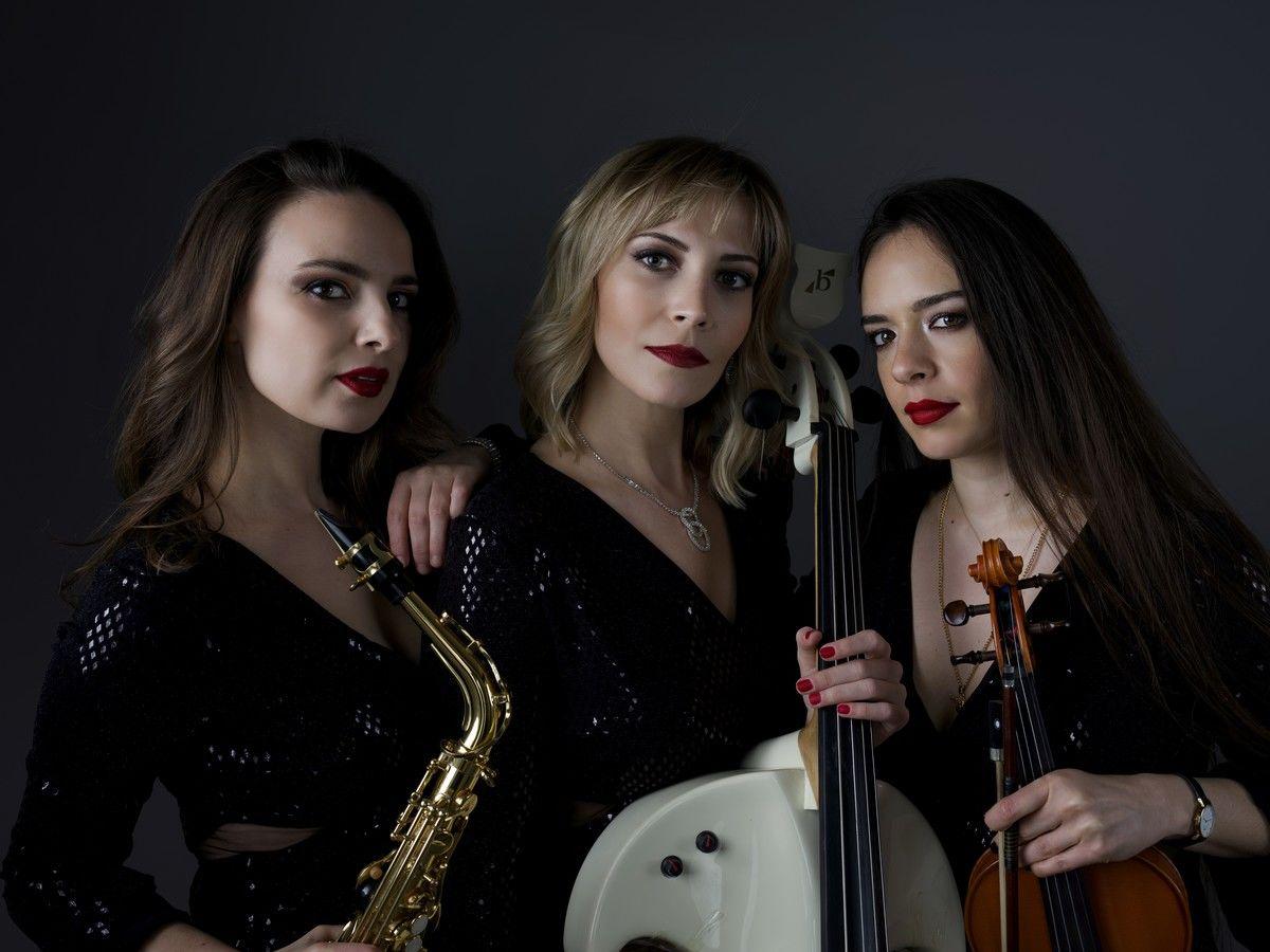 """""""Trionstage"""" üç kadın sanatçıdan muhteşem gösteri"""