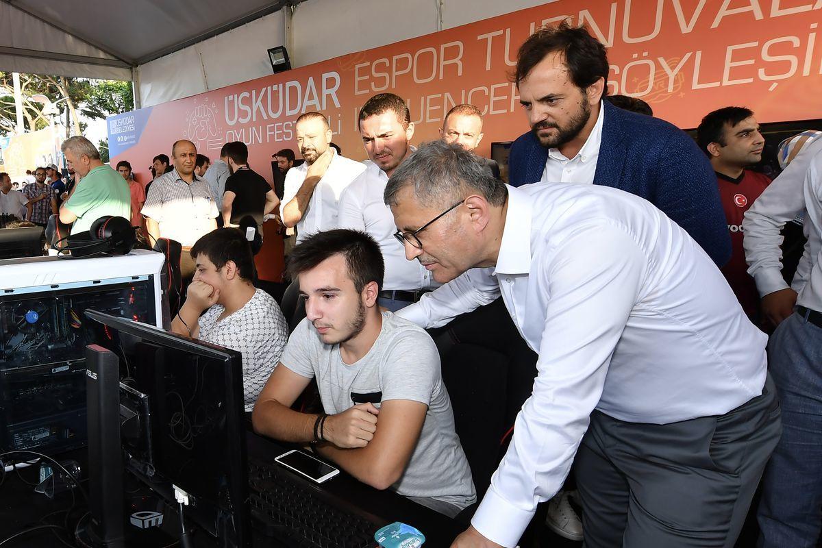 Türkiye'nin ilk kamu e-spor tesisi Üsküdar'da kurulacak