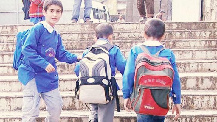 Yanlış çanta kullanımı öğrencilerin omurgalarında kalıcı hasara neden olabilir!