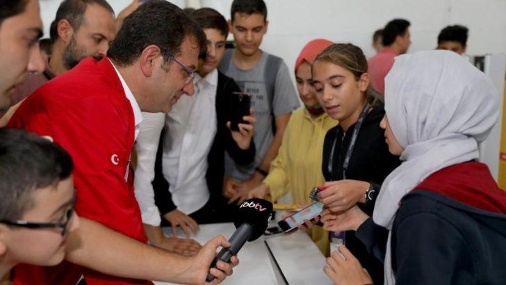 """İBB Başkanı Ekrem İmamoğlu """"Gençlerin zihnini açacak her ortamda bulunacağız"""""""