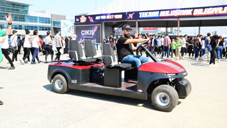 Teknofest'te TRAGGER T-Car'a yoğun ilgi