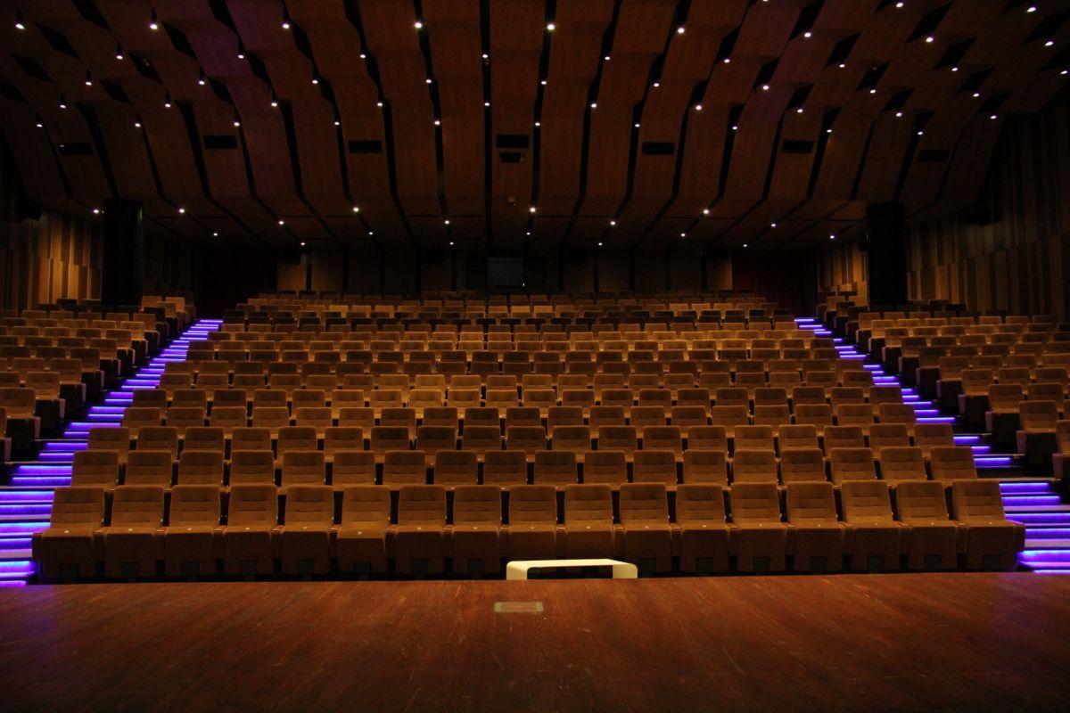 İBB'nin Hafta Sonu Ücretsiz Tiyatro ve Konserleri Devam Ediyor