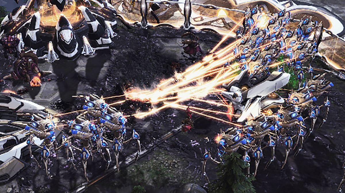 10. Yıldönümününde Starcraft II Yeni Özellikleri