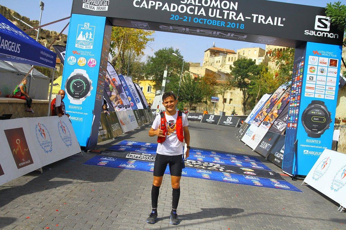 Salomon Türkiye atleti Mehmet Soytürk, Kapadokya'da rekor kırmak için koşacak