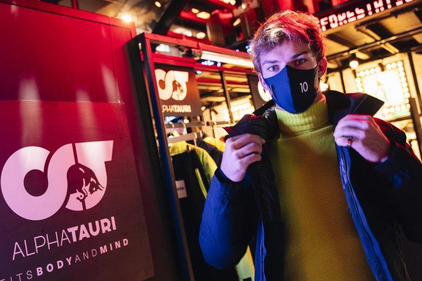 """Red Bull ve AlphaTauri pilotlarından lansmana özel film """"İstanbul F1 gösterisi tüm dünyada yayında"""""""