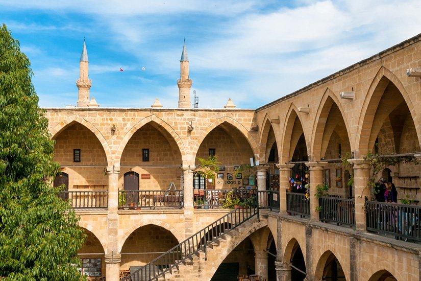 Kıbrıs'a Seyahat Etmek İsteyenler için Önemli Bilgiler