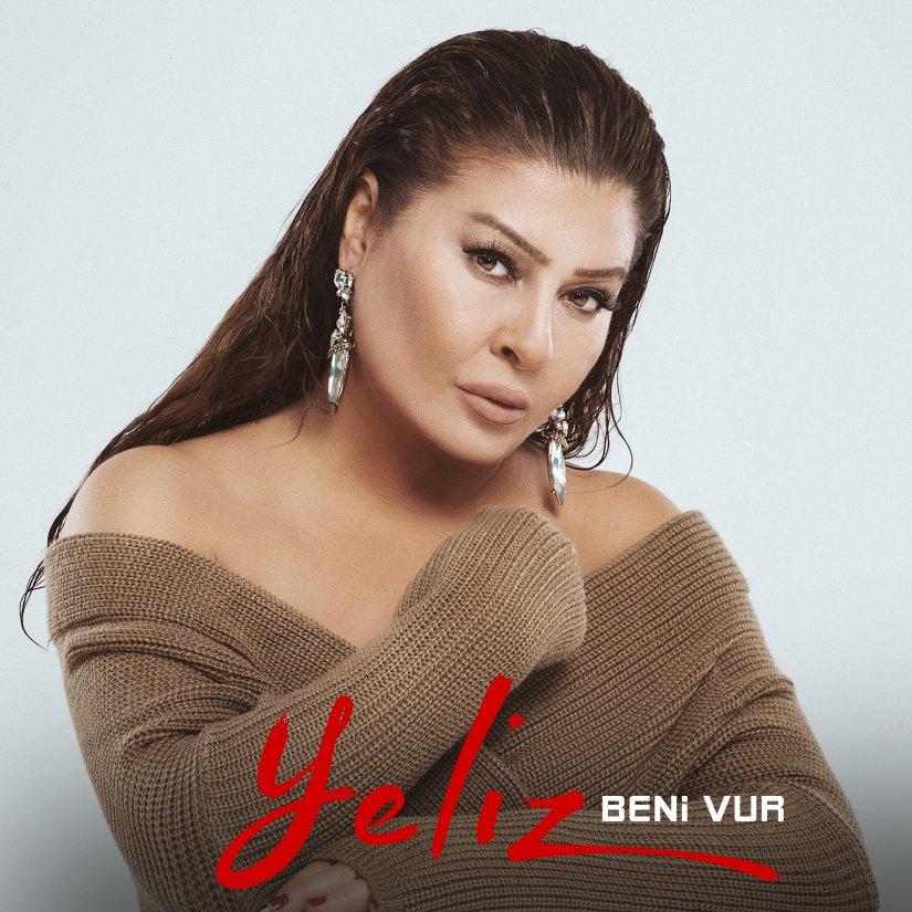 """Yeliz 45. sanat yılında, 1995 yılında Ahmet Kaya tarafından yorumlanan """"Beni Vur"""" parçasıyla müziğe döndü"""