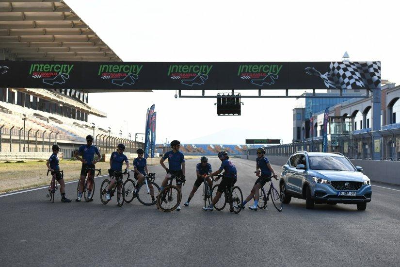 MG, 24 Saatlik Bisiklet Yarışlarının Gold Sponsoru Oldu!